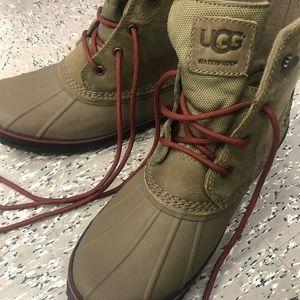 b8afda94b6a Ugg Men Zetik Winter Boot - size 10.5